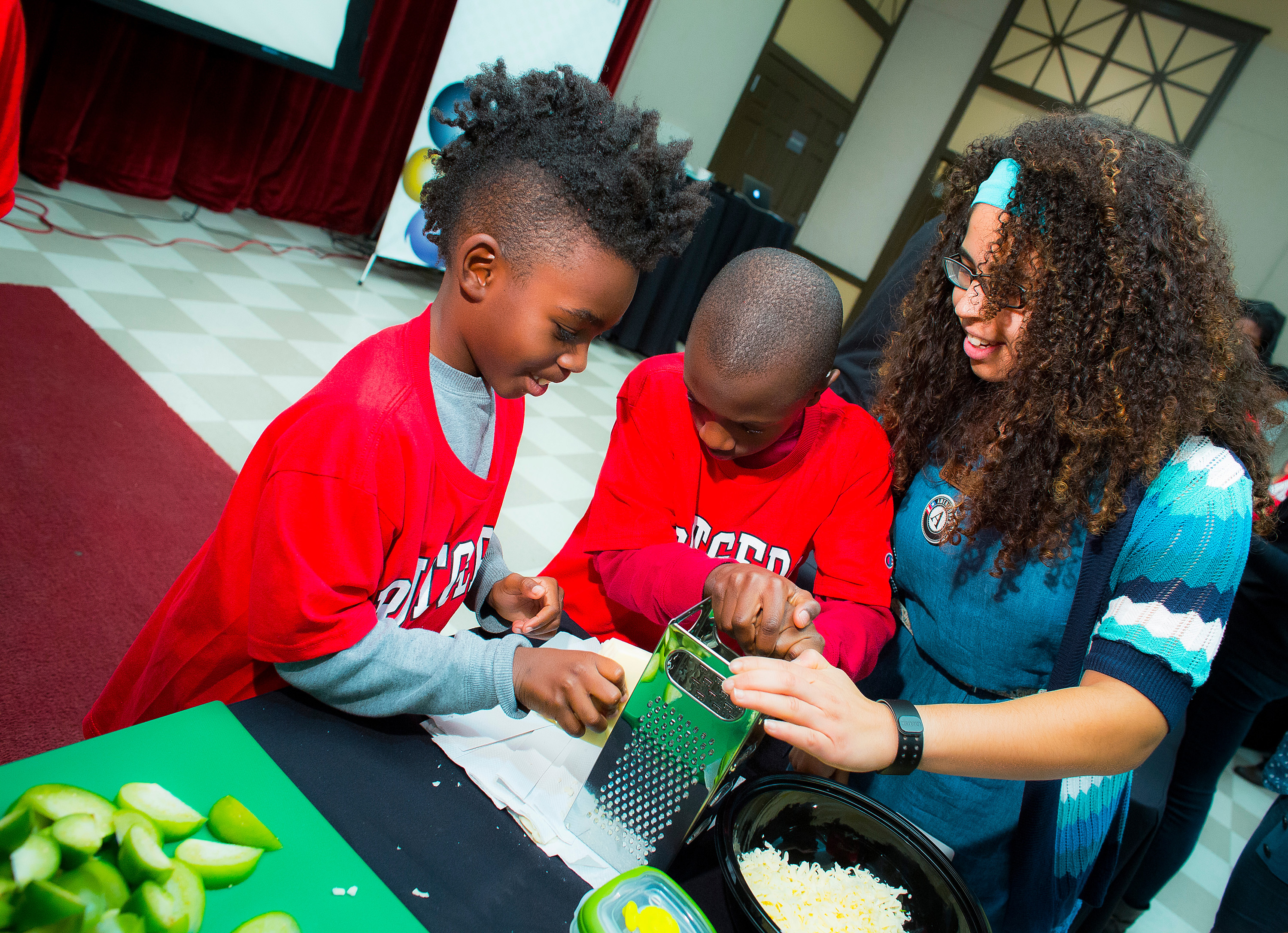 Kids: Cooking, Learning and Eating