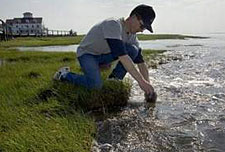 Photo: Kennish collecting samples