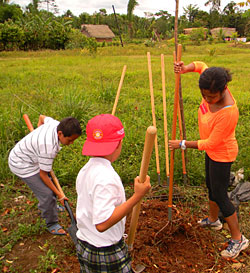Photo: students gardening