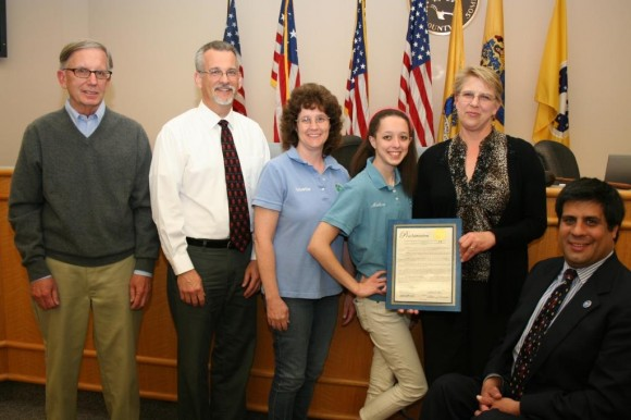 L-R: Ed Seidel, President, Somerset County Board of Agriculture; Nick Polanin, RCE Ag Agent; Annette Smutko, Vice President, Somerset County 4-H Association; Mellissa Smutko, Somerset County 4-H member; Carol Ward, RCE 4-H Agent; and Patrick Scaglione, Freeholder Director, Somerset County Board of Chosen Freeholders. Photo credit: Linda Van Zandt, Public Information Officer, Somerset County.
