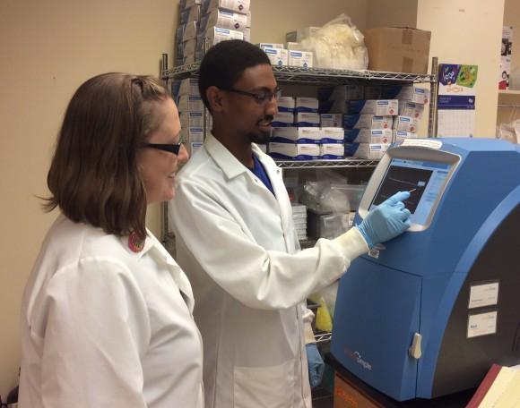 Ashley Pettit, Ph.D., oversees the work of RiSE fellow Kidus Feleke, a rising senior at Jackson State University.