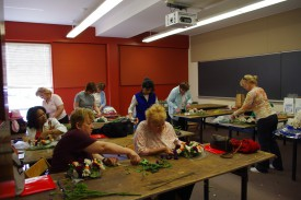 Hands-on floral arranging session at Rutgers Home Gardeners School. Photo credit: Rebecca Sheil Rathmill.