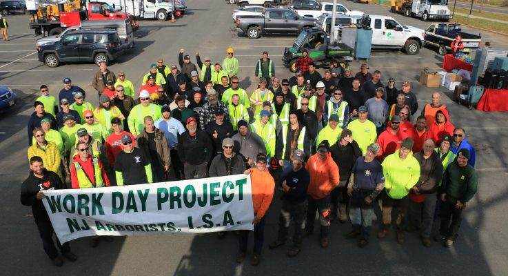 NJAISA Partners with Rutgers Urban Forestry Program and Brings Arborist Work Day to the Cook-Douglass Campus