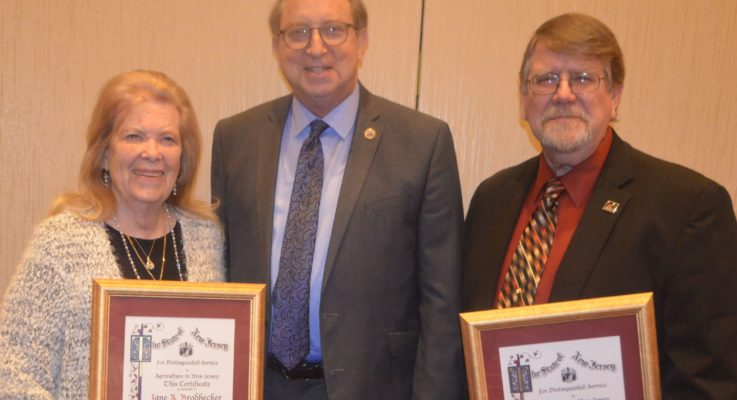 Former NJAES BOM Members Jane Brodhecker and James Etsch (CC'81) Honored for Distinguished Service to Ag