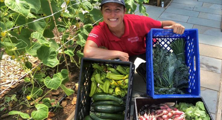 RCE Launches New Urban Gardening Webinar Series in Spanish